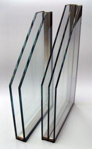 Dvoslojno in troslojno steklo